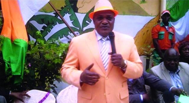 FC Renaissance du Congo Le pasteur Pascal Mukuna