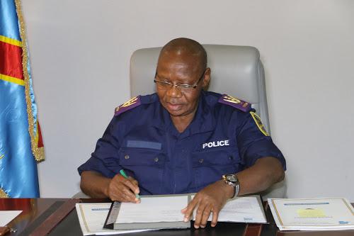 Le général Dieudonné Amuli Bahigwa, commissaire général de la Police, le 18/07/2017 à Kinshasa. Radio Okapi/Ph. John Bompengo