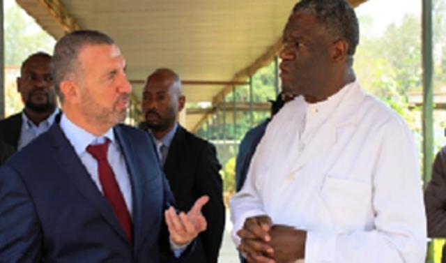 Jean Carret de la Banque Mondiale et le Dr Denis Mukwege