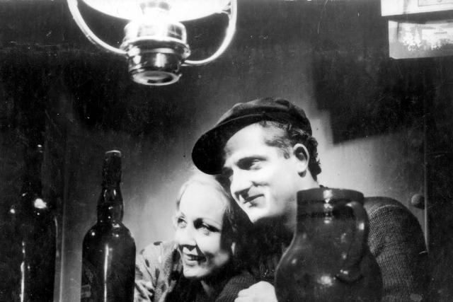 Jean Dasté et sa femme JulietteDita Parlo. Ks Erick