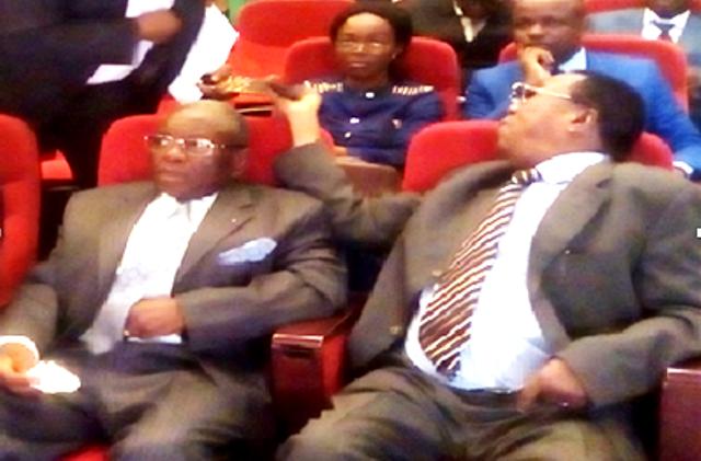 Les compagnons de lutte d'Etienne Tshisekedi Paul Kapita Shabangi et Protais Lumbu Maloba Ndiba