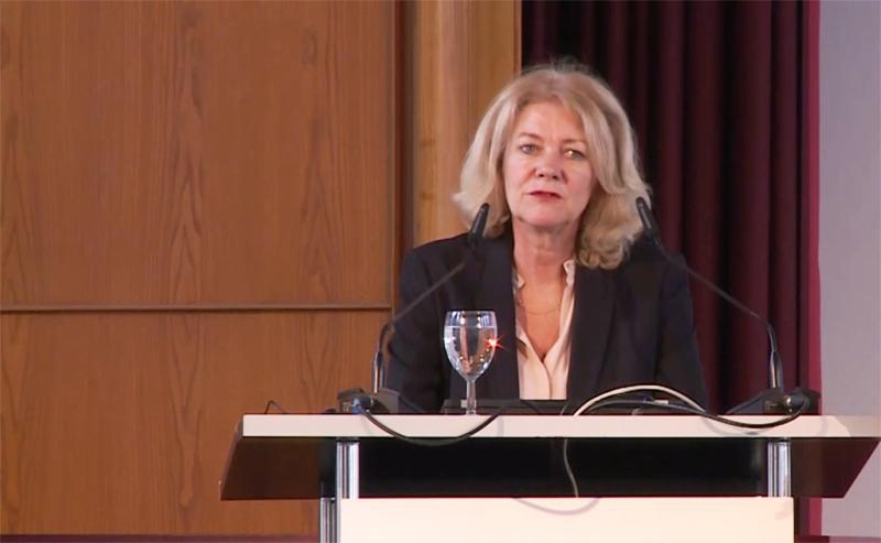 Mme Alison Smale, l'actuelle Secrétaire générale adjointe à la communication globale