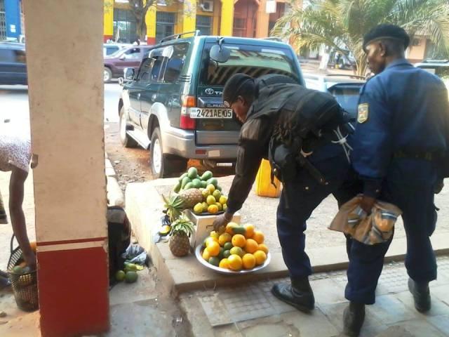 Opération Kin propre les petits commerces