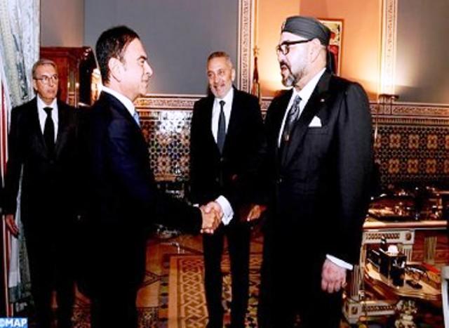 Roi du Maroc recevant le PDG du Groupe Renault et le ministre Moulay Hafid Elalamy