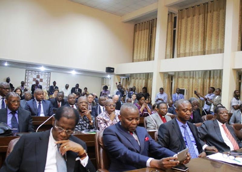 L'assistance lors de la cérémonie de signature de l'accord du dialogue inclusif le 31/12/2016 à Kinshasa. Radio Okapi/Ph. John Bompengo.