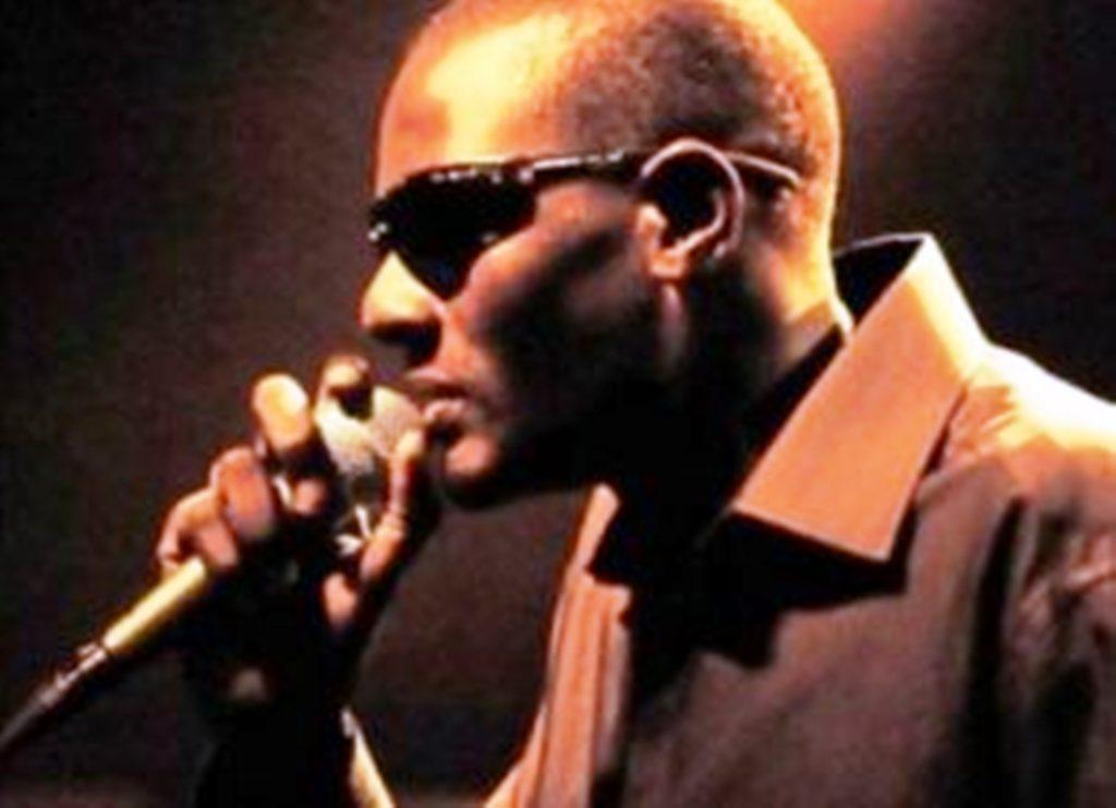 chanteur-senegalais-ablaye-mbaye