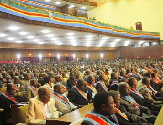 Une vue des députés nationaux et sénateurs congolais au palais du peuple (siège du parlement), ce 8/12/2010 à Kinshasa.