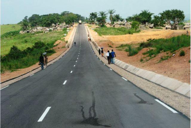 la Nationale N°1 Kinshasa - Matadi