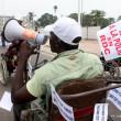 Un homme vivant avec handicap, lors de la marche de sensibilisation contre la polio ce 22/06/2011 à Kinshasa. Radio Okapi/ Ph. John Bompengo