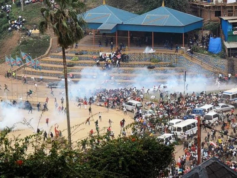 manifestation de la société civile dispersée brutalement par la police sur la place de l'Indépendance à Bukavu